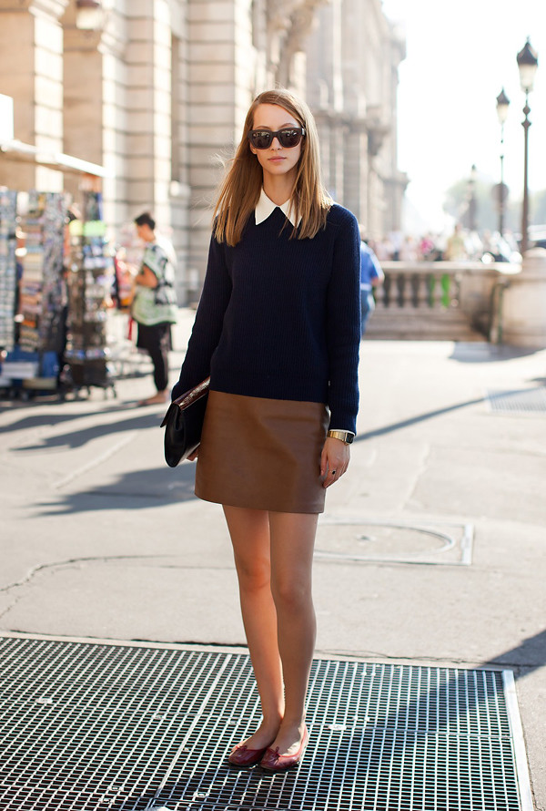brown_leather_skirt_navy_sweater_white_blouse