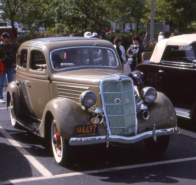 1935 ford deluxe 4 door flickr photo sharing for 1935 ford 4 door sedan