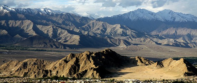 leh hotels and resorts