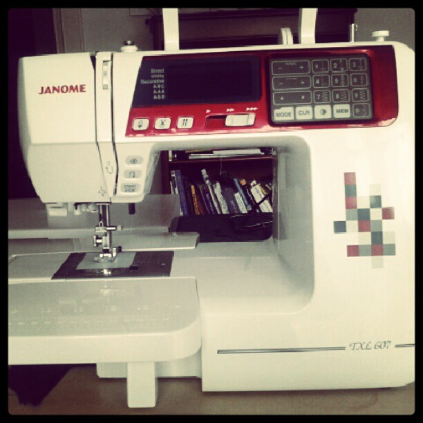 My new janome TXL 607-  It's so fab I think i may faint  :)