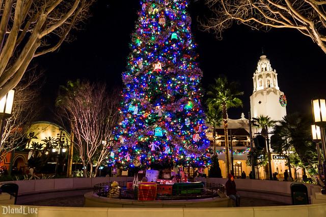 Buena Vista Street Christmas / Holidays
