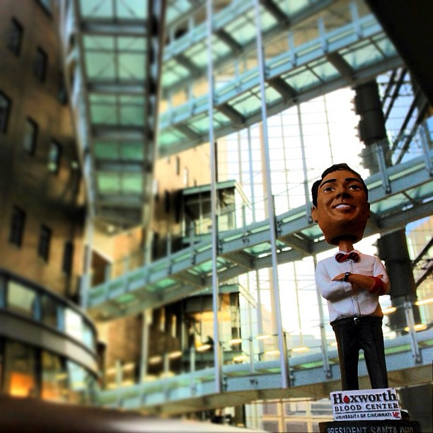 Jan 14 -18 every @Hoxworthuc #lifesaver gets a @prezono bobblehead click below for more details and to rsvp http://www.hoxworth.org/groups/uc/campus.html  #hottestcollegeinamerica