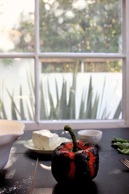 roasted red pepper skillet scones