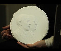 Kann Obama medal plaster model