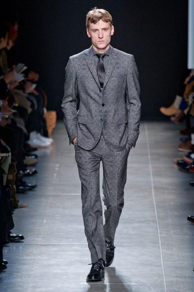 FW13 Milan Bottega Veneta135_George Barnett(fashionising.com)