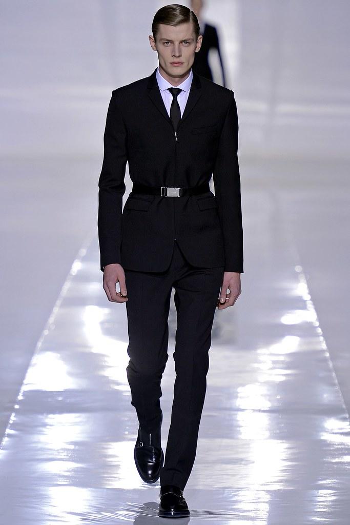 FW13 Paris Dior Homme002_Janis Ancens(GQ.com)