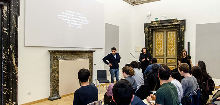 Students attend a lecture in the Palazzo Santacroce in the spring of 2016.  photo / Chris Andras (B.Arch. '18)