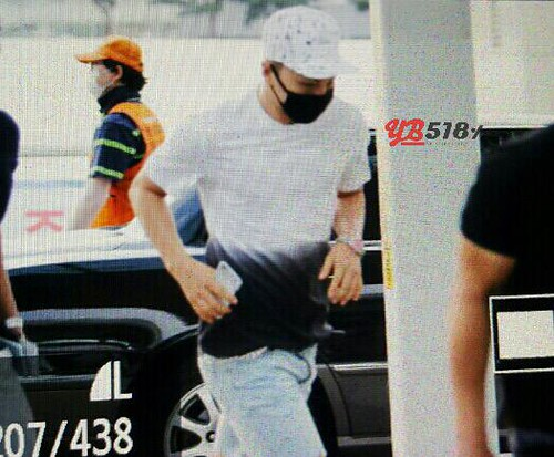 Big Bang - Incheon Airport - 19jun2015 - YB 518 - 03