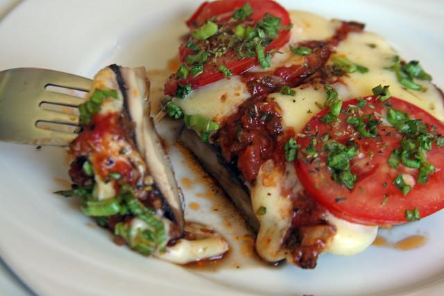 Hongos Portobello a la Napolitana 150