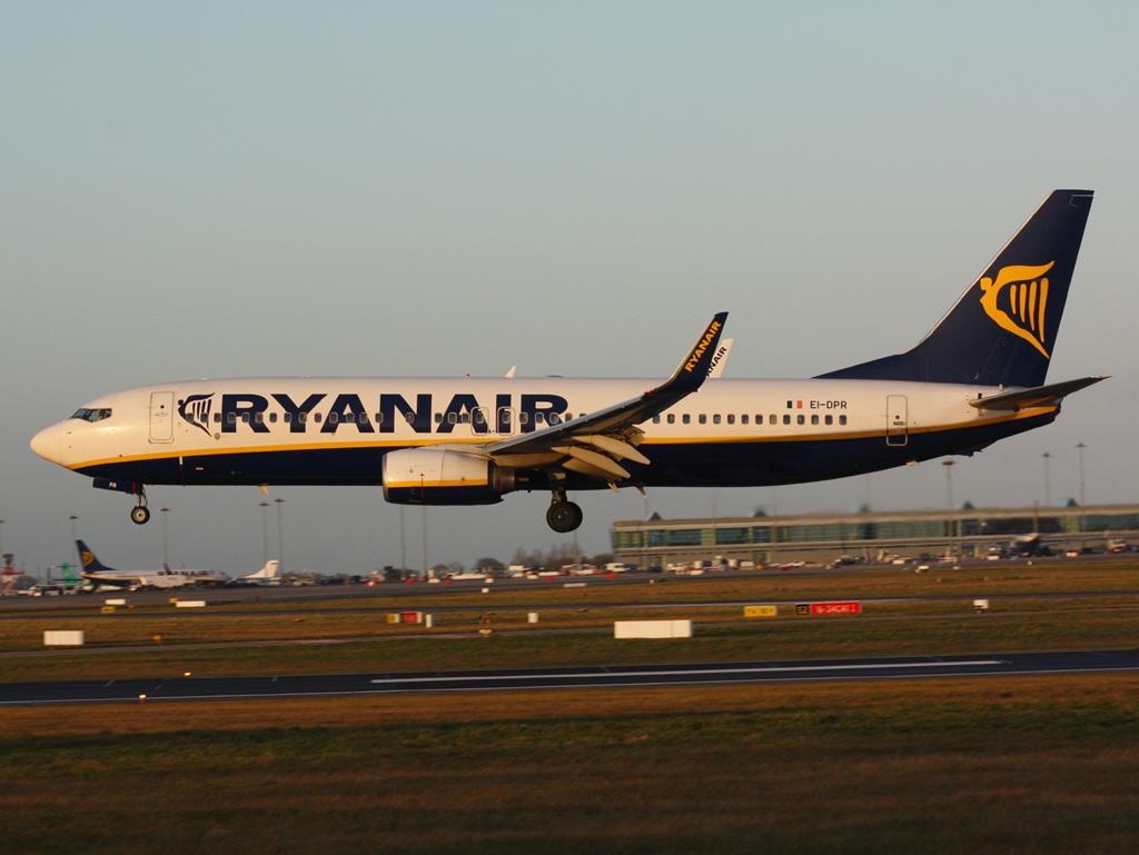 EI-DPR - B738 - Ryanair