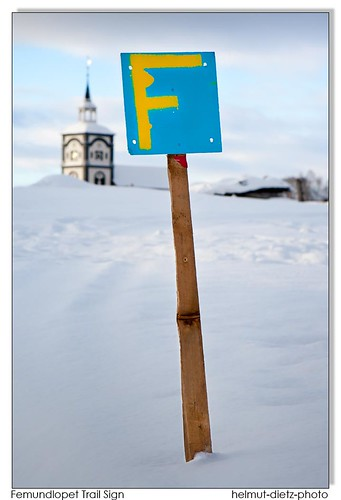 Femundlopet sled dog race trail sign, helmut-dietz-sled-dog-photo-2012