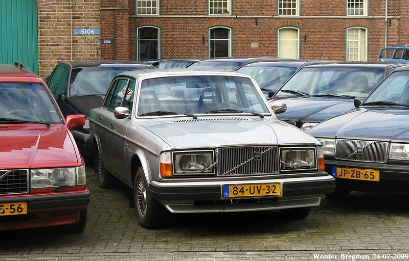 Volvo 264 GL (1978)