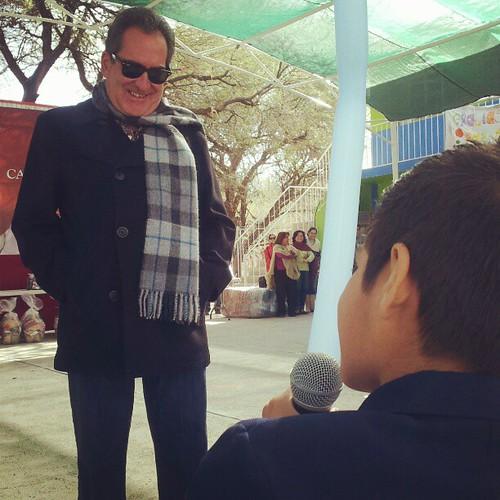 Siempre es importante escuchar a los niños, y cada vez que puedo les doy el micrófono para que hagan valer su voz y su opinión.