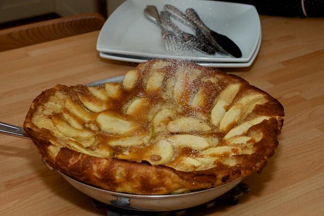 German Baked Apple Cake