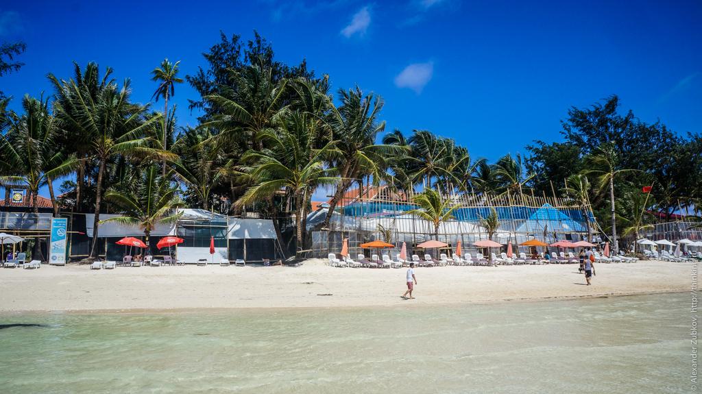 Защитные экраны на острове Боракай