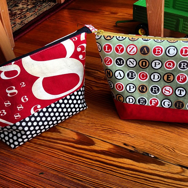 Teacher gifts almost done. Two open wide zip pouches using excellent tutorial by @noodlehead531