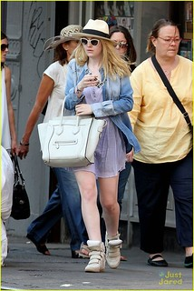 Dakota Fanning Wedge Sneakers Celebrity Style Women's Fashion
