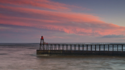 winter sunrise nikon harbour northsea whitby coastaluk pd1001 d7000 pauldowning pauldowningphotography