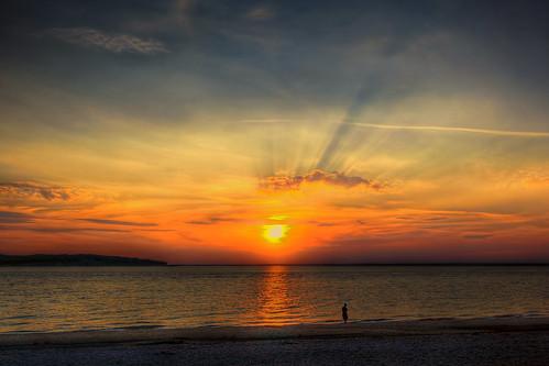 sunset ny go longisland communion lightrays oneness hobartbeach eatonsneck threeness twoness