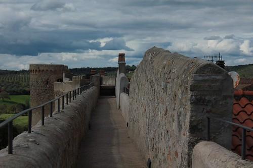 Magliano in Toscana: camminamento sopra le mura