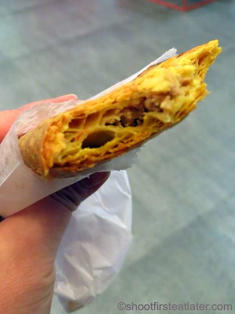 De Original Jamaican Pattie Shop- beef pinatubo P45-001
