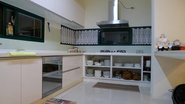 乾淨明潔的廚房