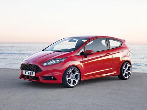 2013-Ford-Fiesta-ST