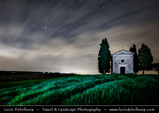 Italy - Tuscany - Toscana - Iconic Chapel of Val d'Orcia at night