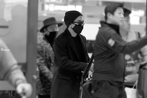 Big Bang - Incheon Airport - 22mar2015 - Seung Ri - Planetarium_SR - 03