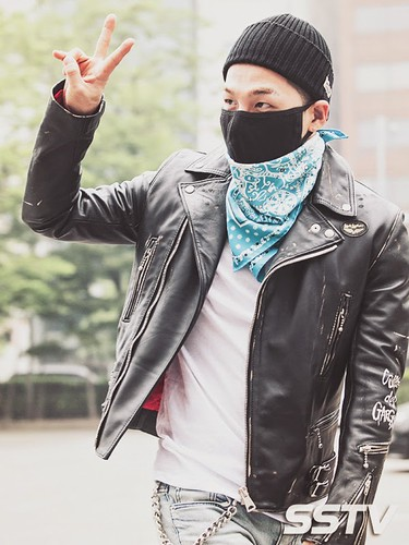 Taeyang BIGBANG KBS Music Bank arrival 2015-05-15 PRESS010