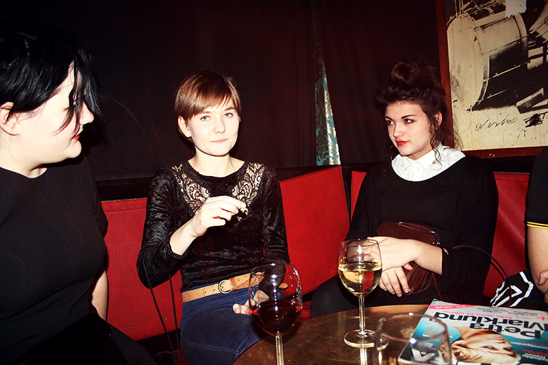 Iris kusin, Iris och Nika på jazzhuset
