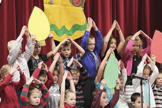 IMG_2428Dec2012demillekindergartenprogram