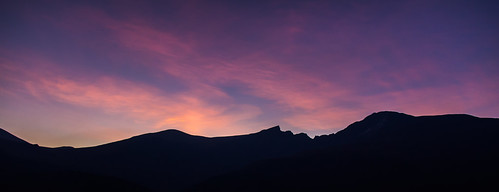 mountain sunrise colorado 14er sawtooth mountbierstadt