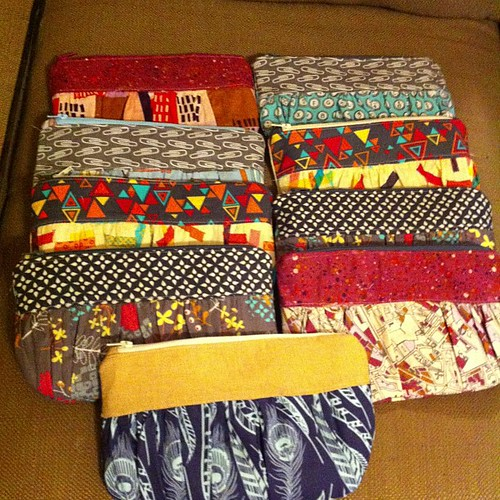 9 pouches finished tonight. I'm going to regret this tomorrow. Kinda want to keep the feathered one...