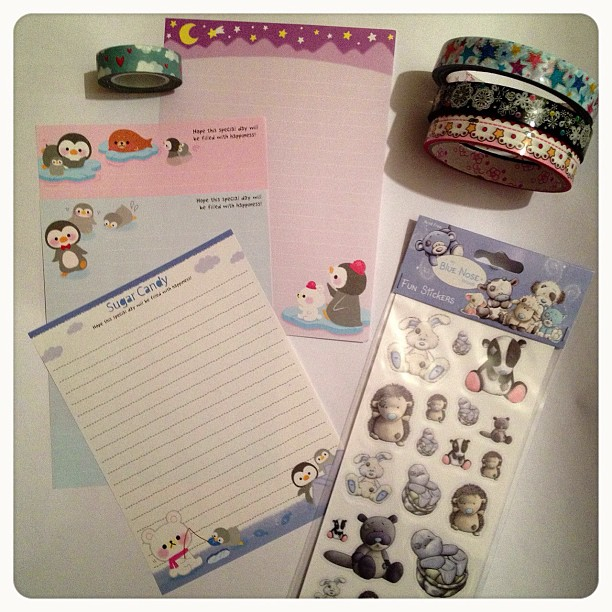 Back to #letter writing, such a #cute #winter theme. I'm really enjoying writing on it.