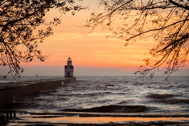Morning Rough – Kewaunee, WI Lighthouse