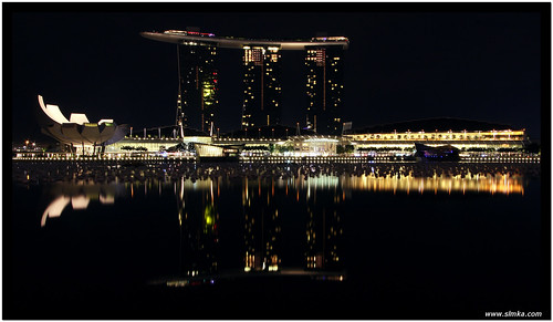 Marina Bay Sands Reflection
