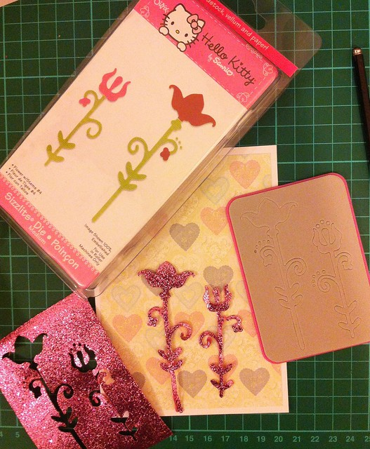 Die Cutting - Sizzix Hello Kitty flowers