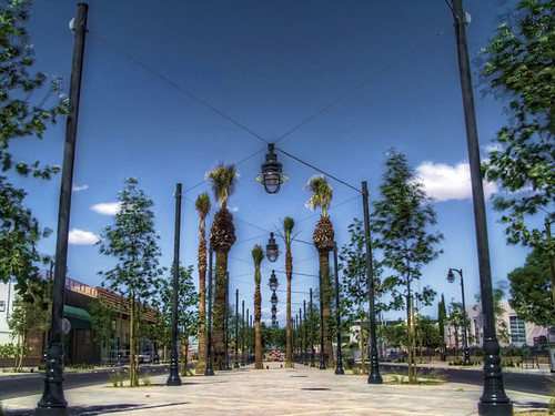 the Ramblas on the remade Lancaster Blvd (courtesy of Moule & Polyzoides)