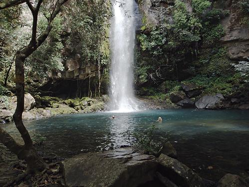 pool swim waterfall costarica catarata 2012 rincondelavieja spanker cangreja