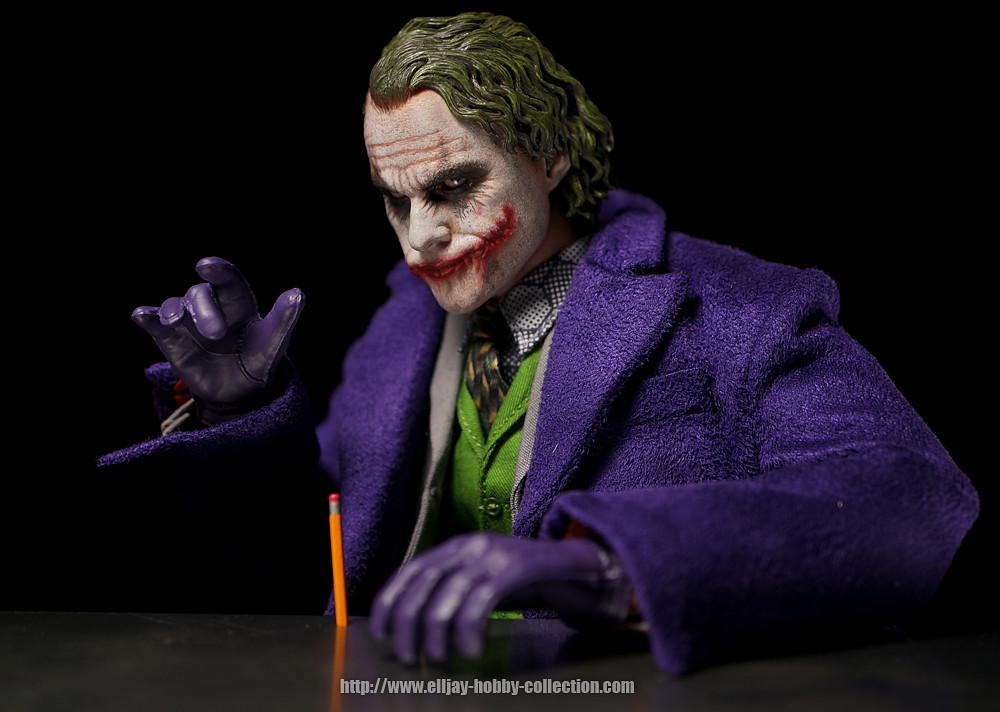 Figuras Hot Toys Batman 8363667610_3a36f3f37c_b