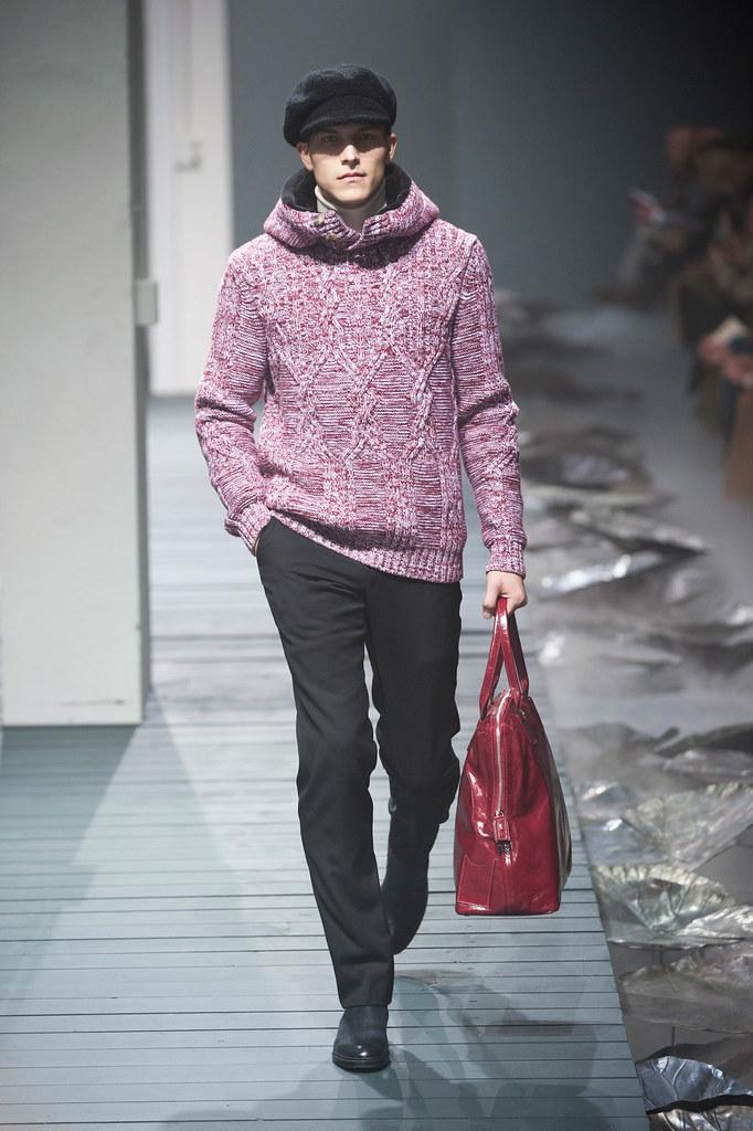 FW13 Milan Corneliani011(fashionising.com)