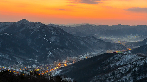 winter orange beautiful sunrise landscape day cloudy outdoor korea newyear southkorea daegu apsan pwwinter