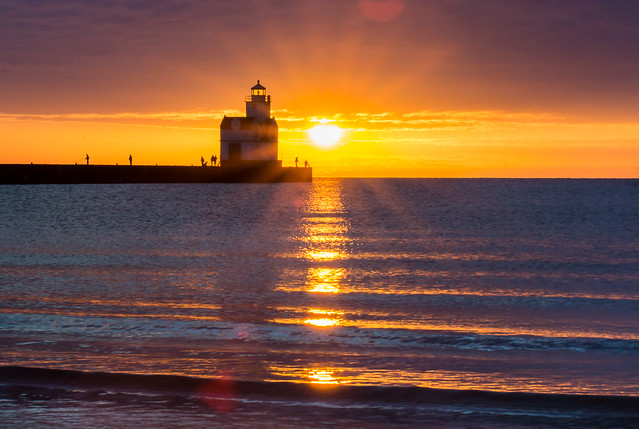 Lighthouse, Fisherman, Sunbeams, Sunrise, Lake Michigan, Kewaunee, Wisconsin