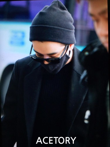 Big Bang - Incheon Airport - 21mar2015 - Seung Ri - Acetory - 04