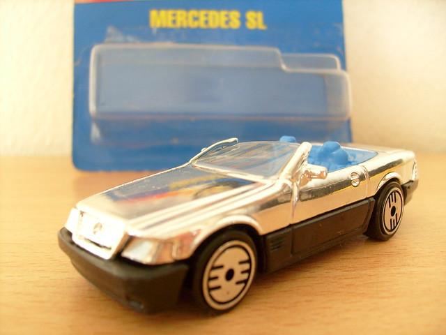 Hot wheels mercedes benz sl convertible 1 64 flickr for Hot wheels mercedes benz