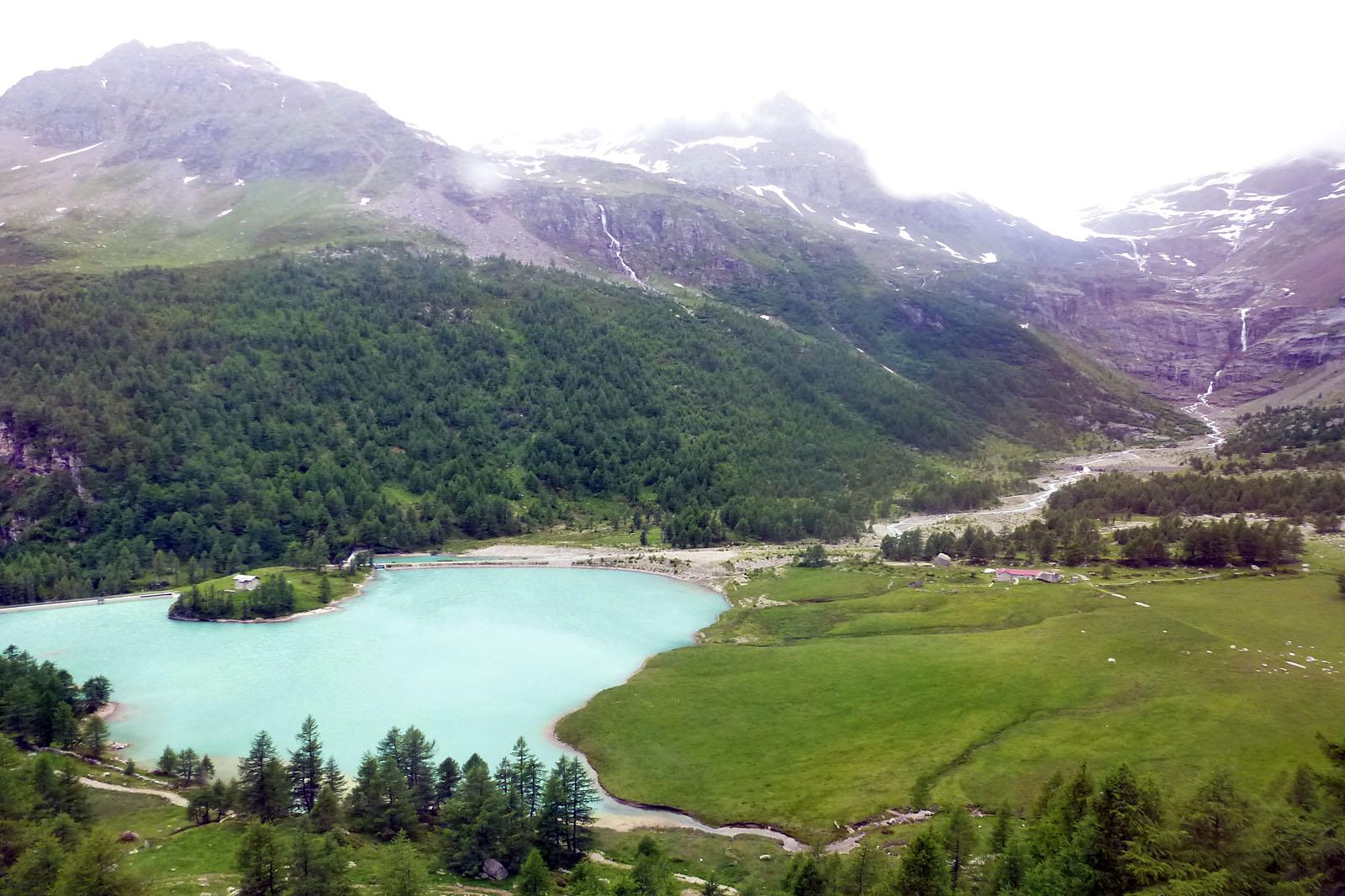 Vistas desde el tren de un glaciar