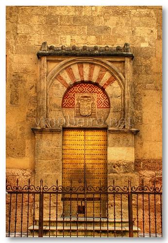Porta da Mesquita / Catedral de córdova by VRfoto
