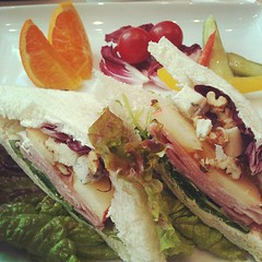 prosciutto gorgonzola sandwich @ caffera #lunch #osaka #japan