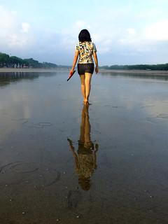 Walking meditation on year end reflection